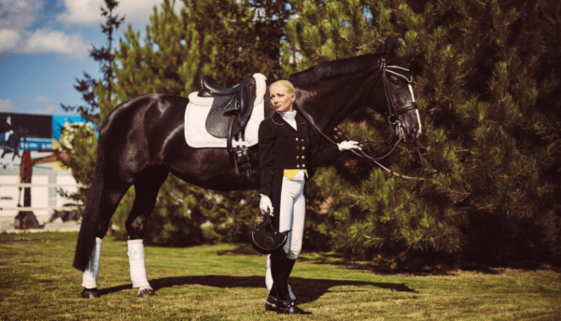 dressage_queen_horse_and_rider_model